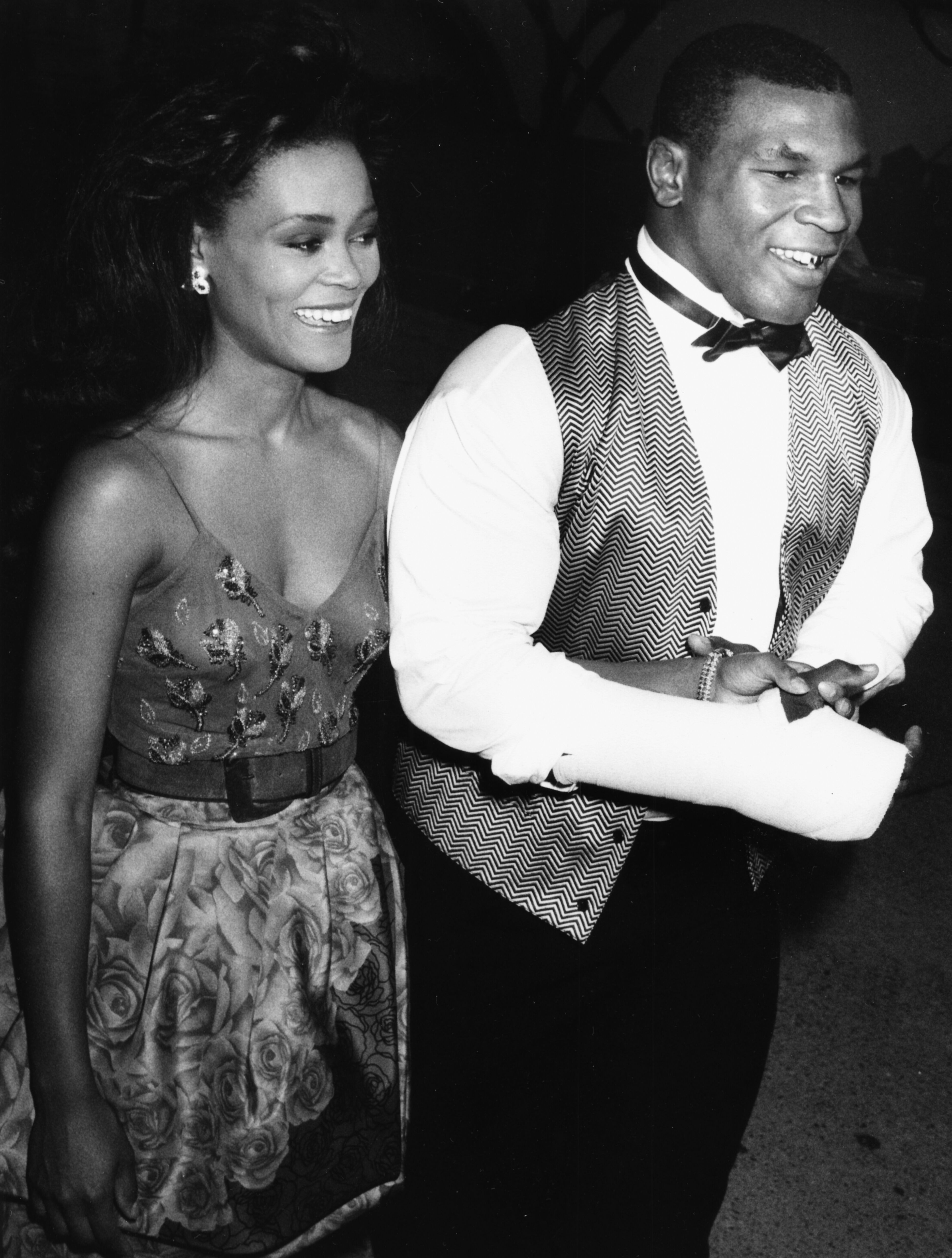 Mike Tyson and actress Robin Givens, at the Emmy Awards in 1988 | Source: Getty Images