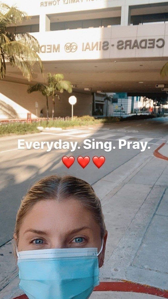 A picture of Amanda Kloots' on her Instagram story speaking positive about her husband's health.   Photo: Instagram/amandakloots