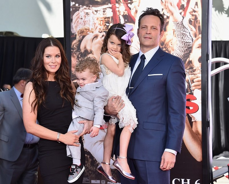 Kyla Weber, Vernon Lindsay Vaughn, Locklyn Kyla Vaughn and Vince Vaughn on March 4, 2015 in Hollywood, California | Photo: Getty Images