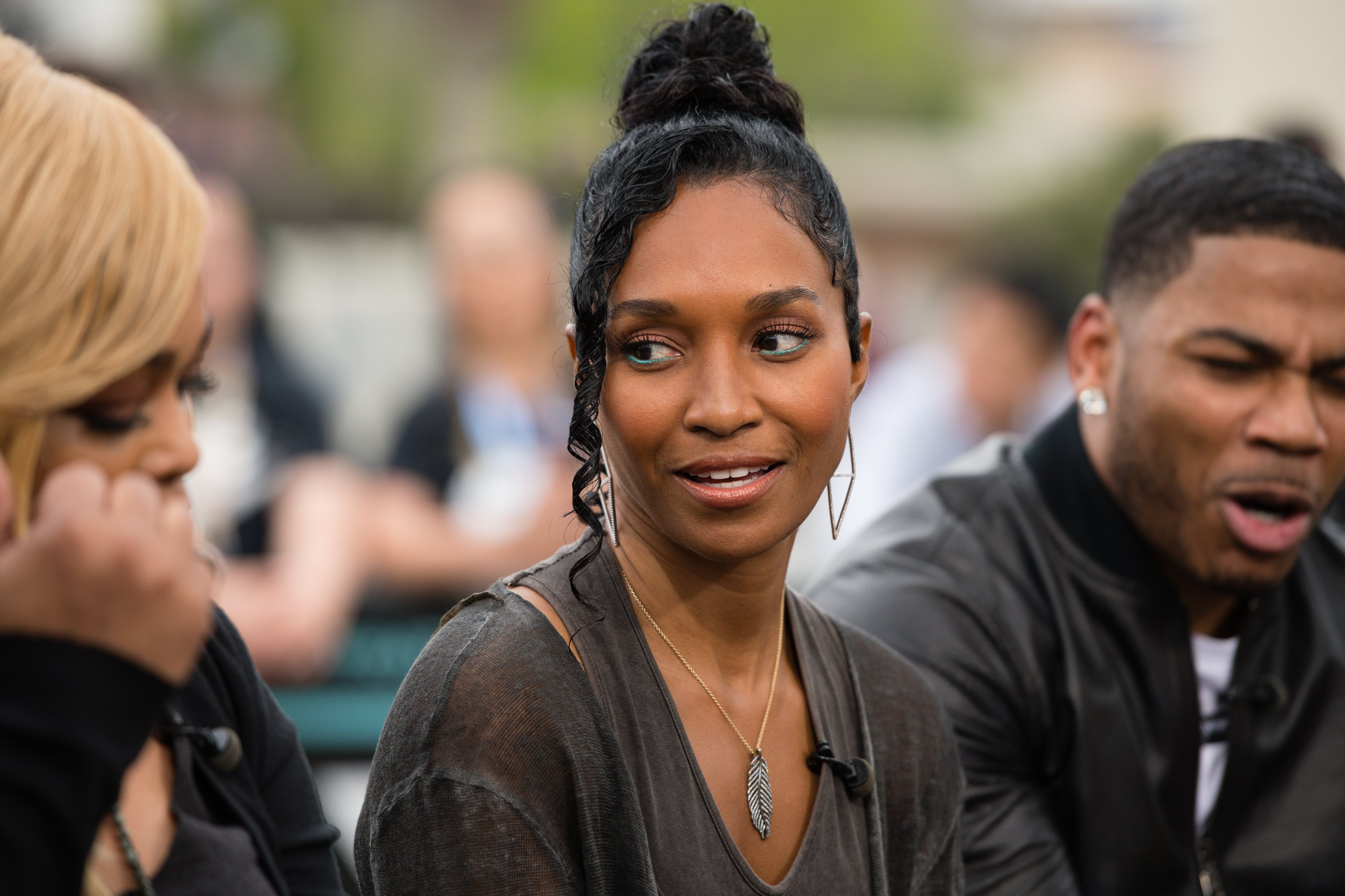 """Rozonda 'Chilli' Thomas visits """"Extra"""" at Universal Studios Hollywood on May 15, 2019 in Universal City, California 