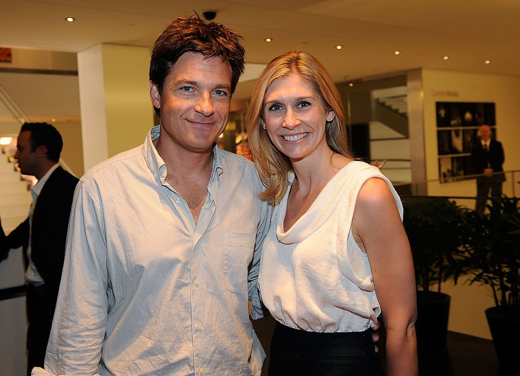 Jason Bateman and Marie Tillman attend a cocktail party for the Pat Tillman Foundation on October 8, 2009 | Photo: Getty Images