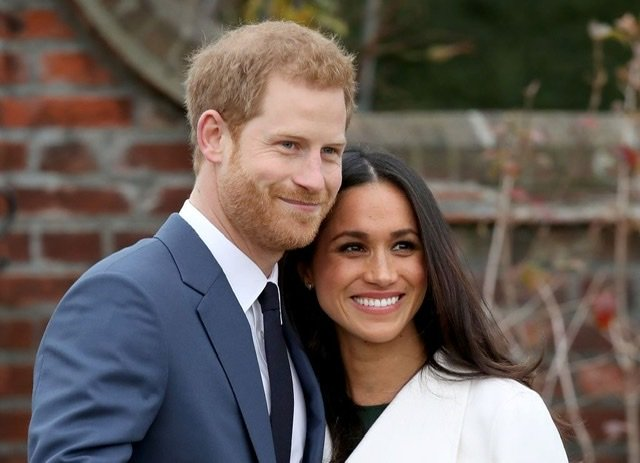 Prince Harry and Meghan Markle during their engagement announcement on November 27, 2017 | Source: Getty Images/GlobalImagesUkraine