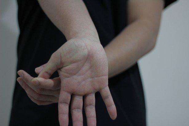 Exercices pour les mains | Photo : Public Domain Pictures Pictures
