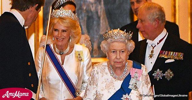 La reine Elizabeth et la duchesse Camilla sont particulièrement majestueuses dans les diadèmes de luxe lors d'une réception royale
