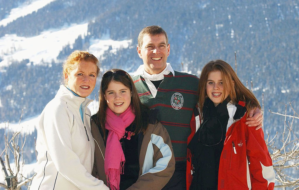 The Duchess of York, Princess Eugenie, the Duke of York and Princess Beatrice attend a photocall on February 18, 2003 in Verbier, Switzerland   Photo: Getty Images