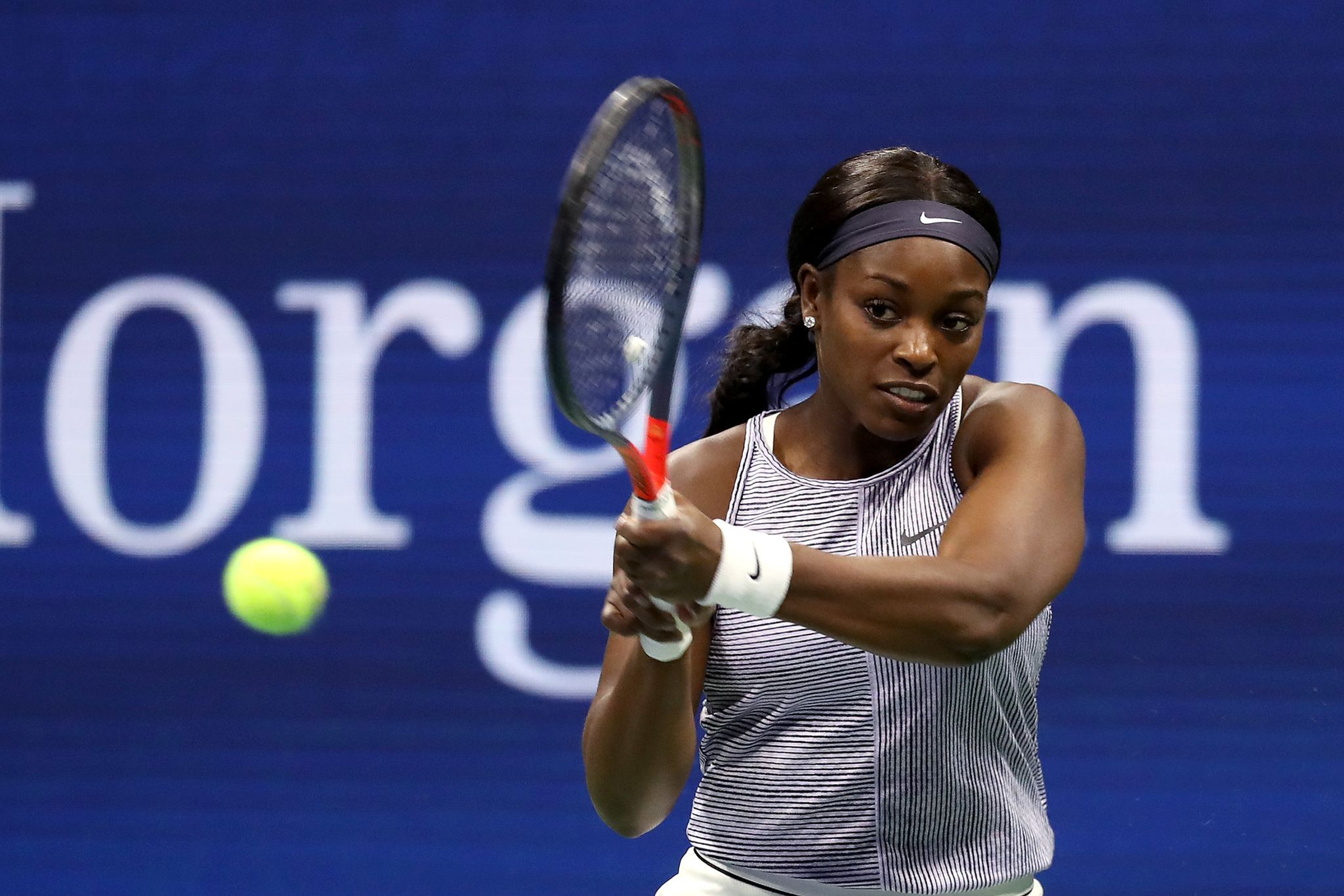 Sloane Stephens playing tennis at the 2019 US Open on August 27, 2019 in New York. | Photo: Getty Images