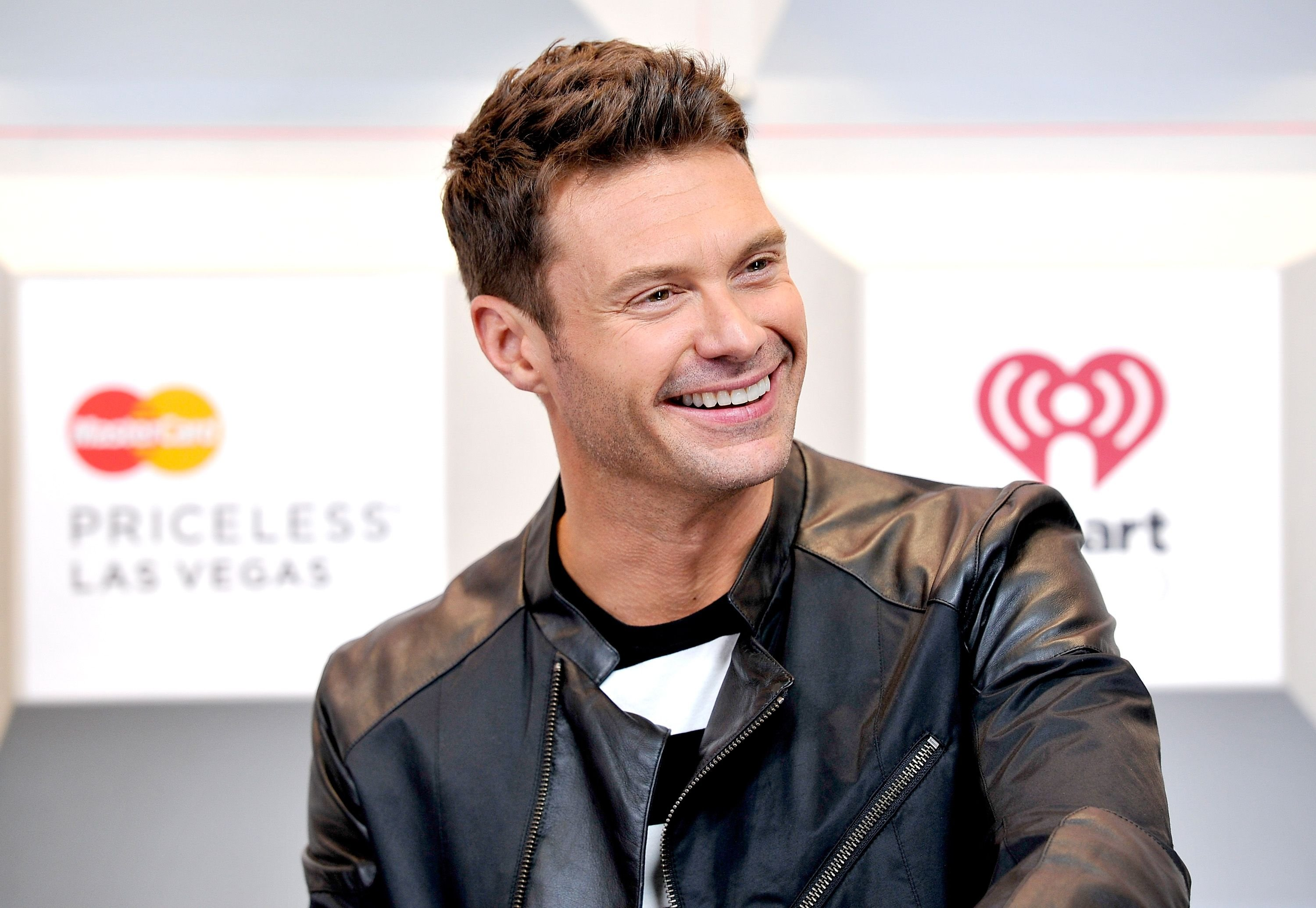 Host Ryan Seacrest at the 2014 iHeartRadio Music Festival at the MGM Grand Garden Arena on September 19, 2014 | Photo: Getty Images