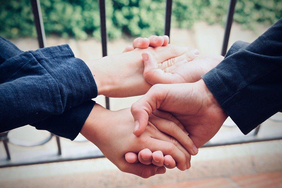 Ayuda| Foto: Pixabay