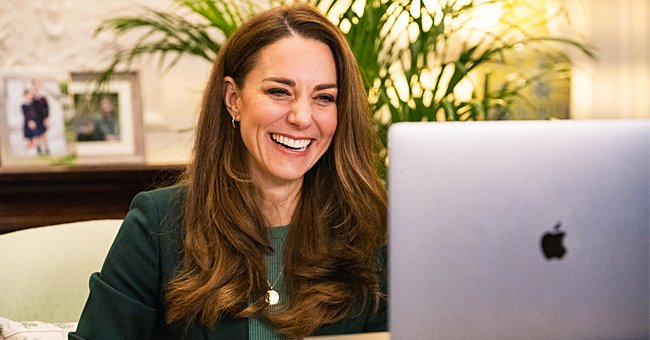 Kate Middleton pictured during her video chat with other parents. 2021. | Photo: Getty Images