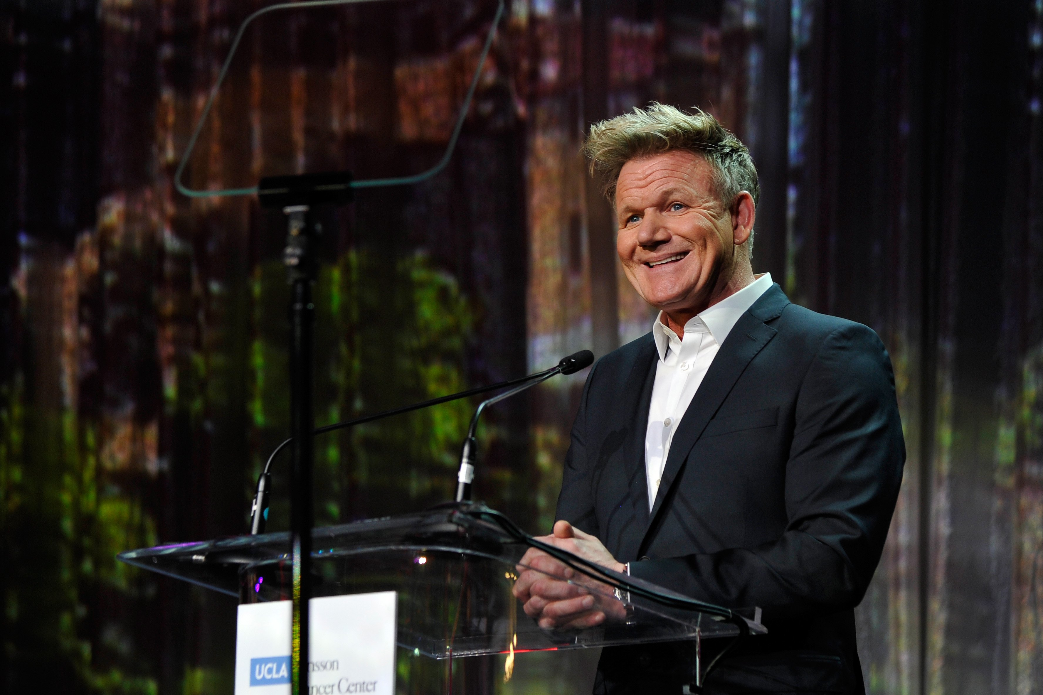 Chef and restaurateur Gordon Ramsay onstage. | Photo: Getty Images