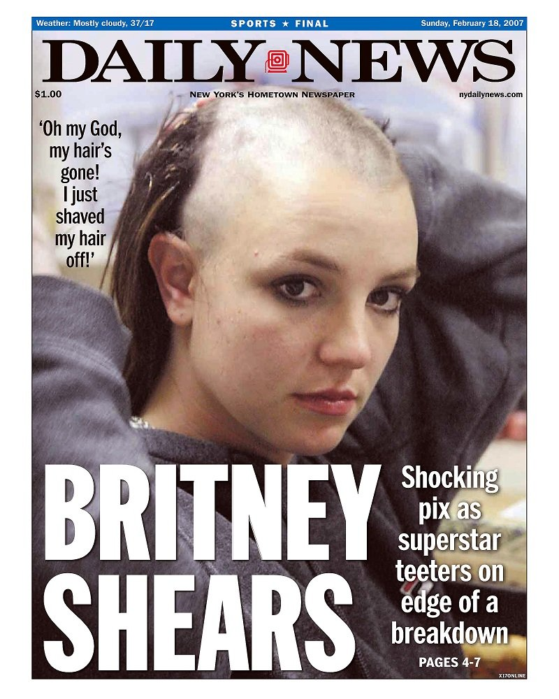 Britney Spears at the front page of Daily News on February 18, 2007 | Photo: Getty Images