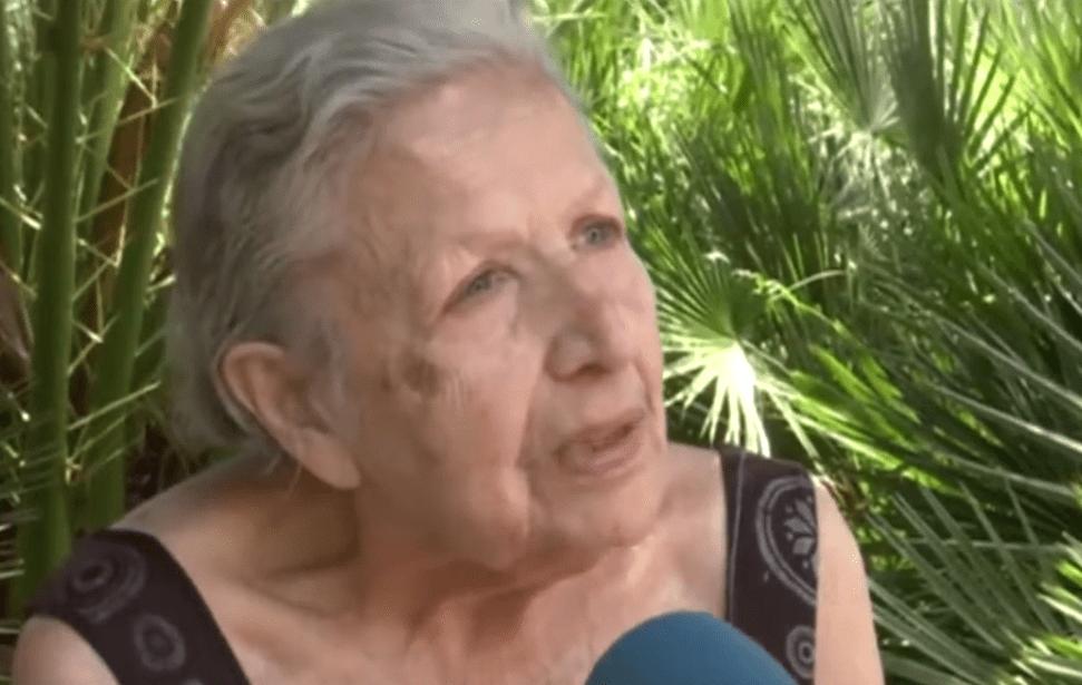 Paquita, anciana de 90 años que fue desalojada en Barcelona, España. | Imagen: YouTube/Vaya Noticias