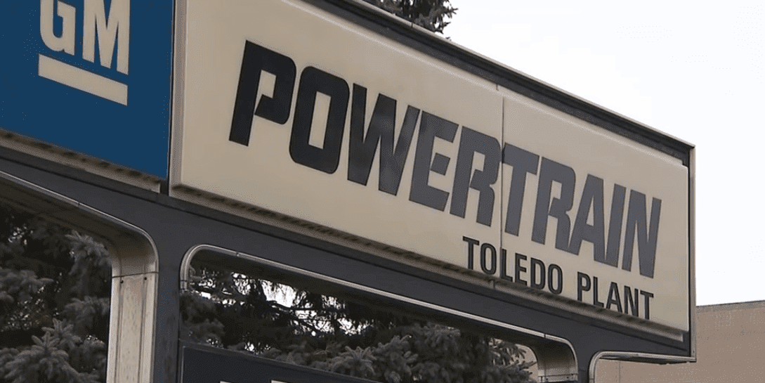 Sign outside the Toledo Powertrain Plant | Photo: YouTube/CNN
