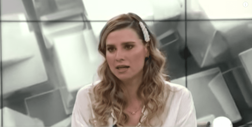 Ana Lucía Salazar en entrevista con Azucena Uresti en Milenio. | Imagen: YouTube/MILENIO
