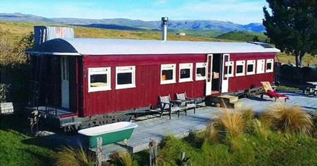 Rundown carriages were refurbished by a woman and the results are exceptional | Photo: Youtube/Living Big In A Tiny House