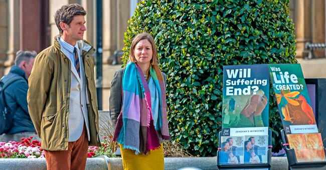 Story of the Day: Former Jehovah's Witness Furious after Friend Invited Her to Catholic Church