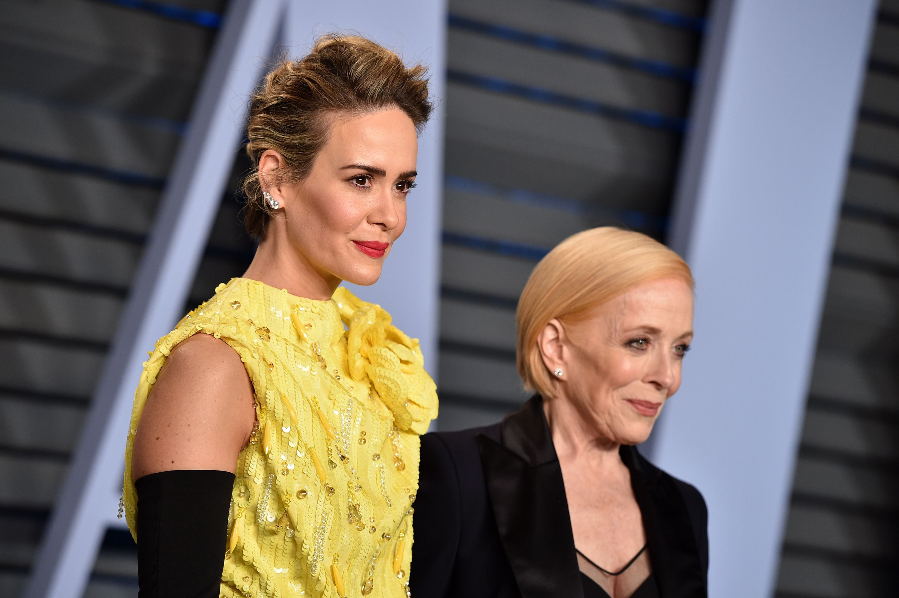 Sarah Paulson and Holland Taylor attend the 2018 Vanity Fair Oscar Party. | Source: Getty Images