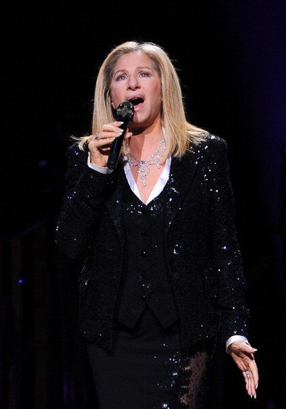 Barbra Streisand performs at Air Canada Centre on October 23, 2012 in Toronto, Canada | Photo: Getty Images
