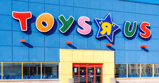 Toys 'R' Us Is Coming Back Just in Time for Christmas with the Help of Former Rival Target