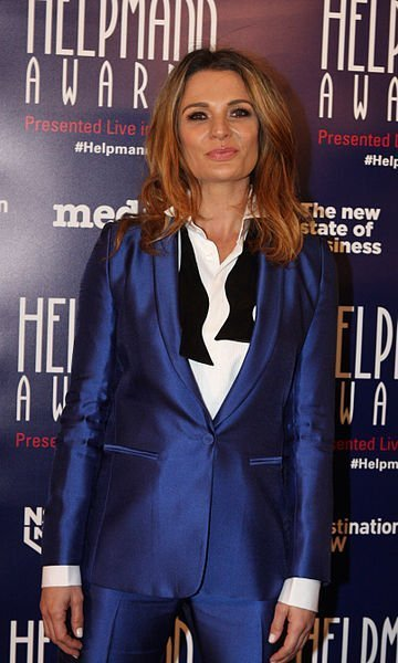 Danielle Cormack in a red carpet event, 2015. | Source: Wikimedia Commons