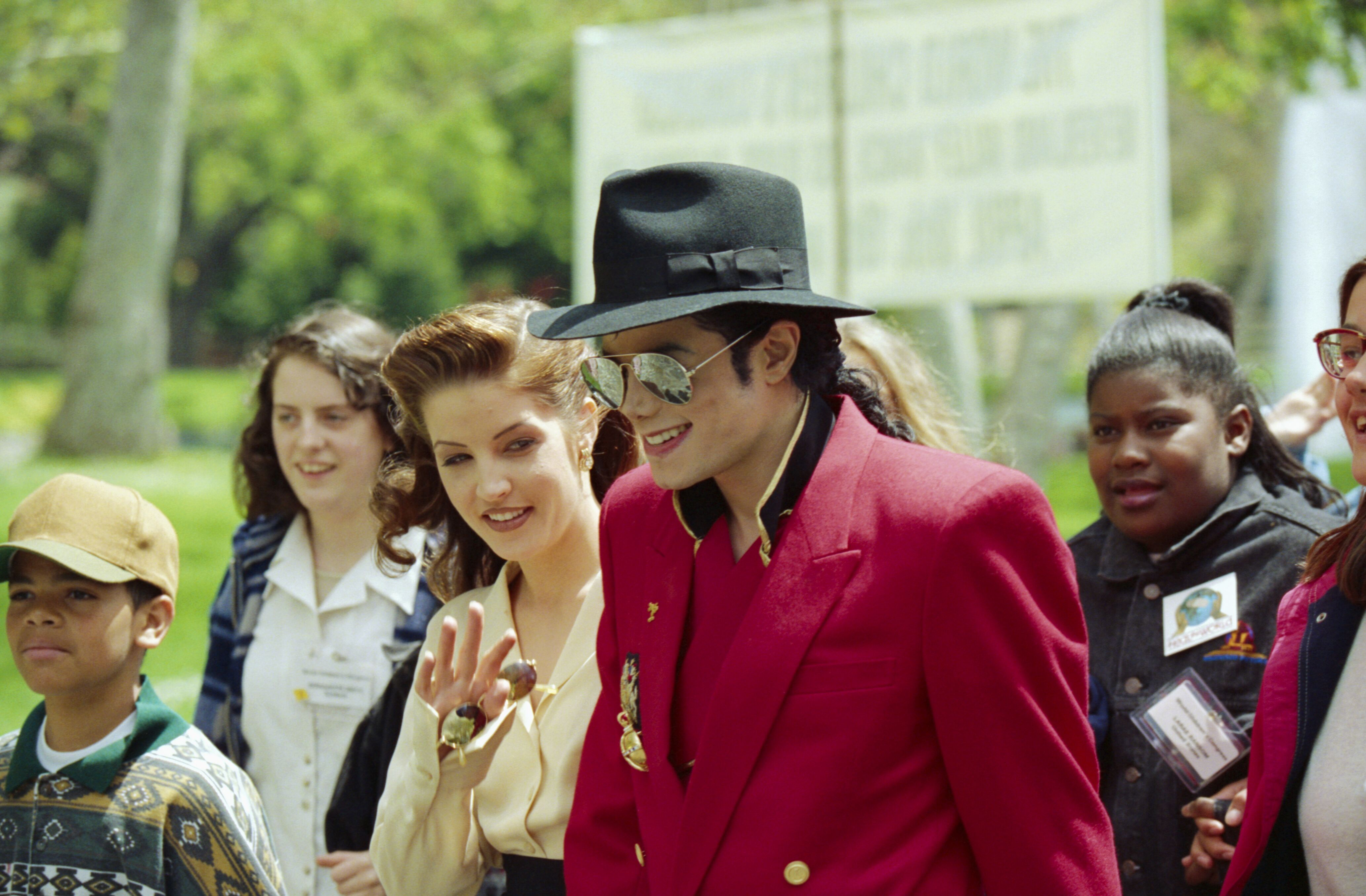 Michael Jackson and Lisa Marie Presley in 1995 | Source: Gerry Images