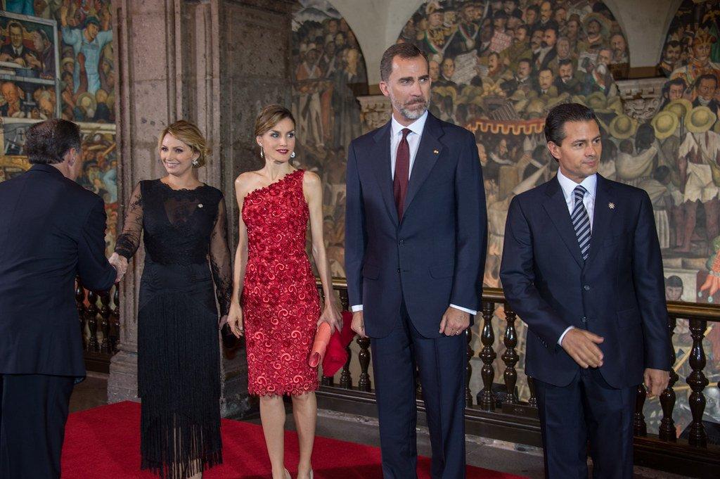 Felipe VI y Letizia, reyes de España, en 2015 con el entonces presidente de México, Enrique Peña Nieto y su esposa.| Foto: Flickr