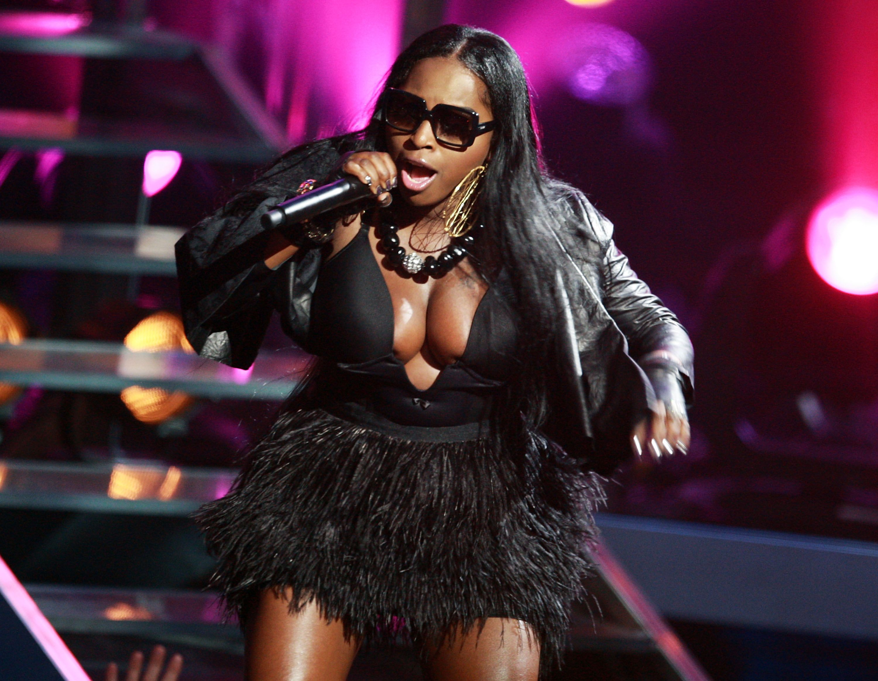 Foxy Brown onstage at the 2009 VH1 Hip Hop Honors in New York | Source: Getty Images