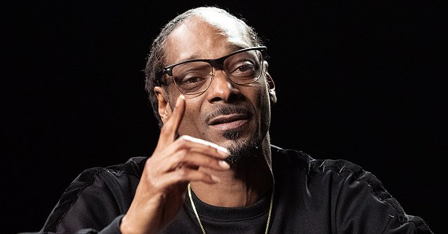 Snoop Dogg Gives Update about Mother's Health & Shares Hospital Room Photo with Her and His Brothers