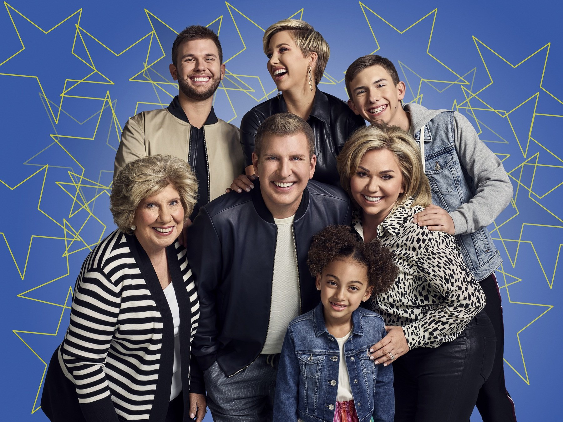 "Faye Chrisley, Chase Chrisley, Todd Chrisley, Savannah Chrisley, Chloe Chrisley, Julie Chrisley, and Grayson Chrisley pictured on Season 8 of ""Chrisley Knows Best."" 