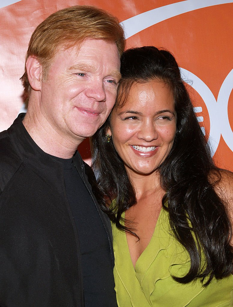 "David Caruso und Ex-Freundin Liza Marquez während der 100. Episodenparty ""CSI: Miami"" - Ankunft am Malibu Beach in Malibu, Kalifornien, USA. (Foto von Michael Tran / FilmMagic) I Quelle: Getty Images"