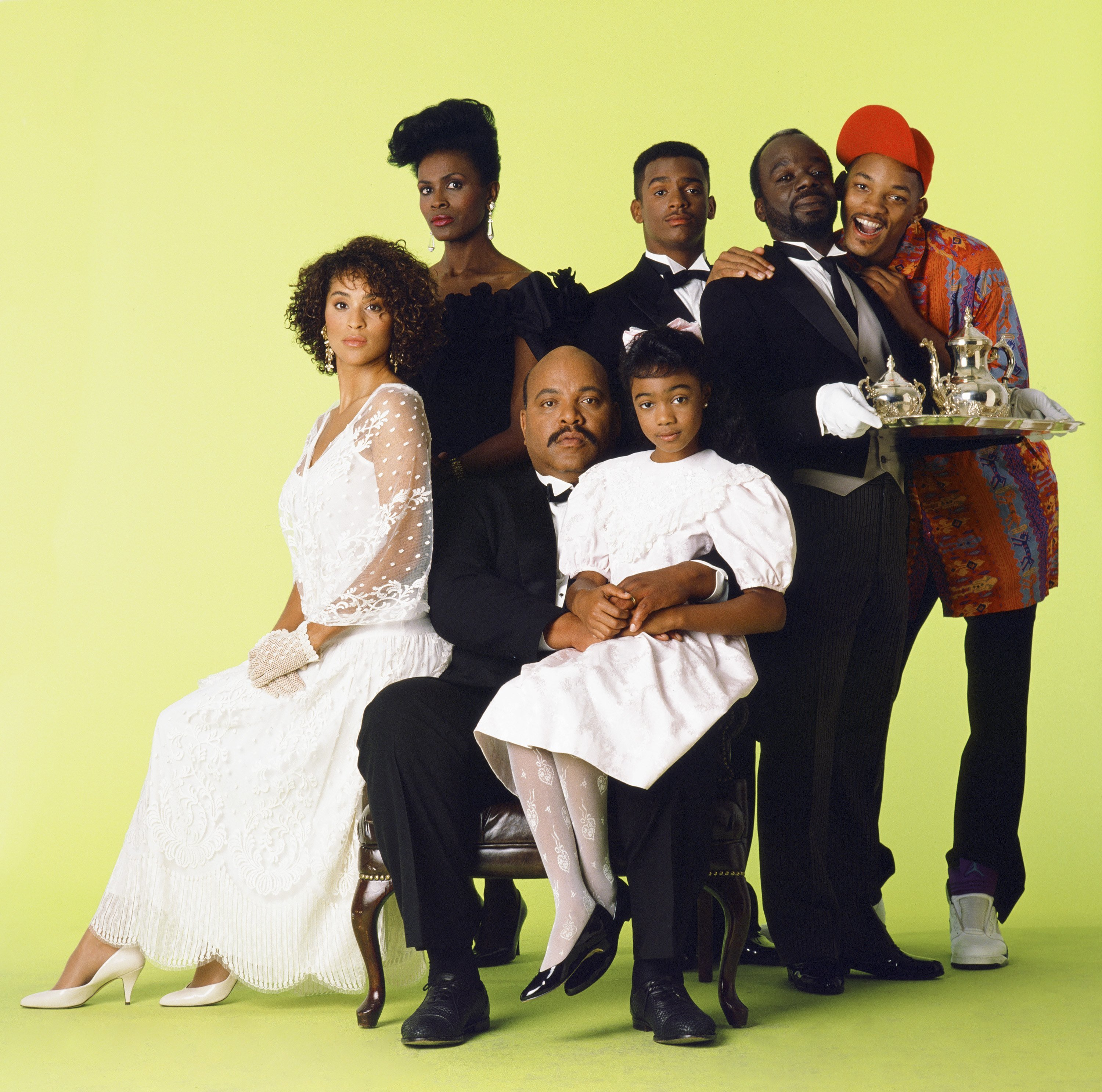 """Karyn Parsons, Janet Hubert, James Avery, Tatyana Ali, Alfonso Ribeiro, Joseph Marcell, and Will Smith on the set of """"Fresh Prince of Bel-Air"""" on August 15, 1992 