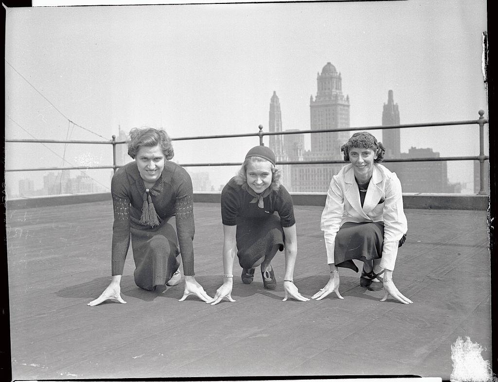 Helen Stephens, Betty Robinson, and Dee Boeckman, pictured in Chicago after they signed contracts to turn professional on September 08, 1937   Photo: Getty Images