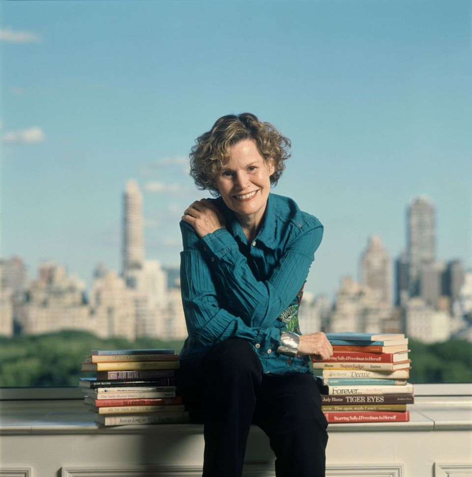 Judy Blume posed for a portrait on September 29, 2006 in New York City, New York | Photo: Getty Images