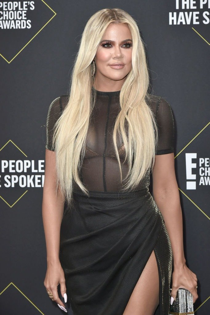 Khloe Kardashian attends 2019 E! People's Choice Awards - Arrivals at The Barker Hanger on November 10, 2019. | Photo: Getty Images