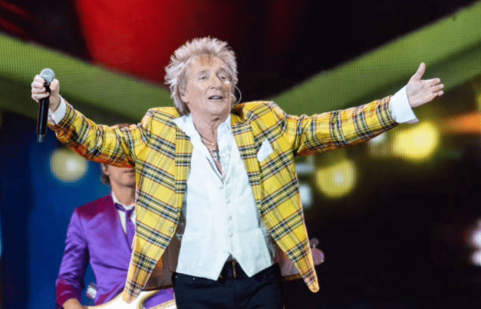 Rod Stewart faces the crowd as he performs at The SSE Hydro, on November 26, 2019 in Glasgow, Scotland | Source: Getty Images (Photo by Roberto Ricciuti/Redferns)