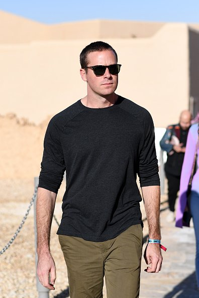 Armie Hammer attends the MDL Beast Festival Lunch at the historical city of Diriyah on December 21, 2019 in Riyadh, Saudi Arabia   Photo: Getty Images