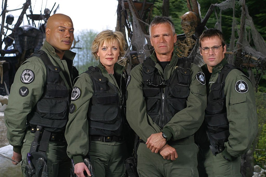 Christopher Judge, Amanda Tapping, Richard Dean Anderson et Michael Shanks le 29 avril 2003. l Source : Getty Images