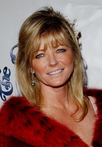"Cheryl Tiegs attends the ""Carousel Of Hope"" benefitting the Barbara Davis Center For Childhood Diabetes at the Beverly Hilton Hotel on October 15, 2002, in Beverly Hills, California. 