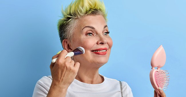 Beauty and Makeup Tips for Women over 40 — List of Things to Help You Look Younger