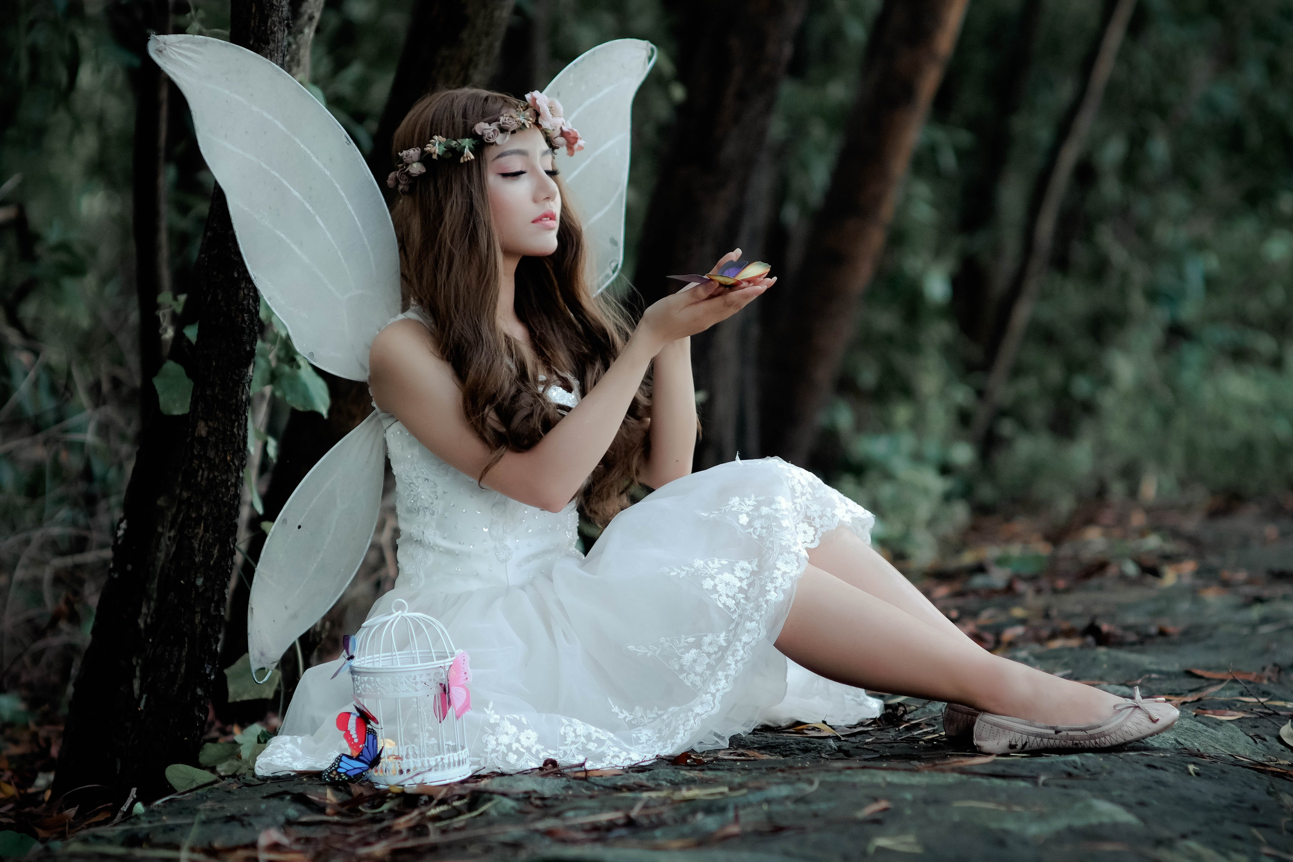 Pictured - A woman wearing a fairy costume | Source: Pexels