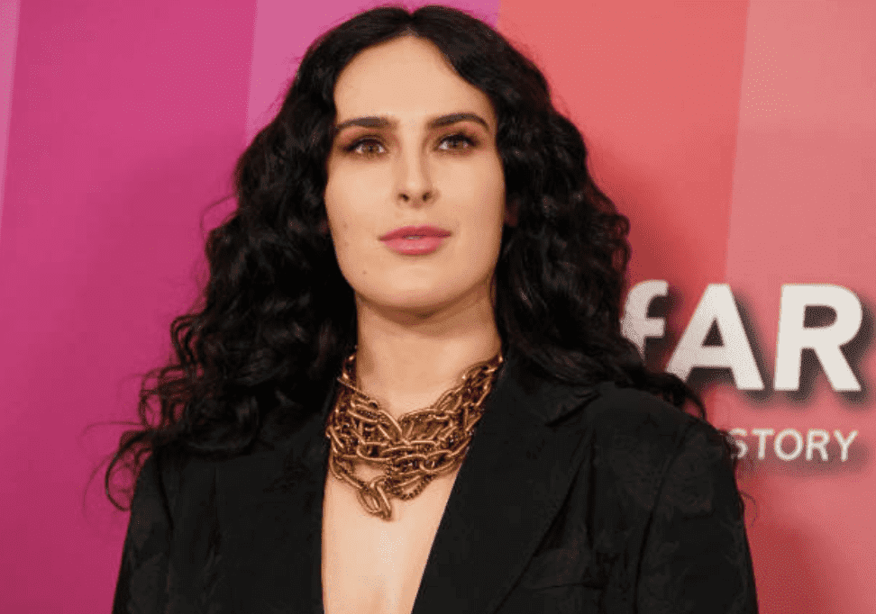 Rumer Willis on the red carpet for the 2019 amfAR Gala, on October 10, 2019, in Los Angeles, California | Source: Getty Images (Photo by Rachel Luna/FilmMagic)