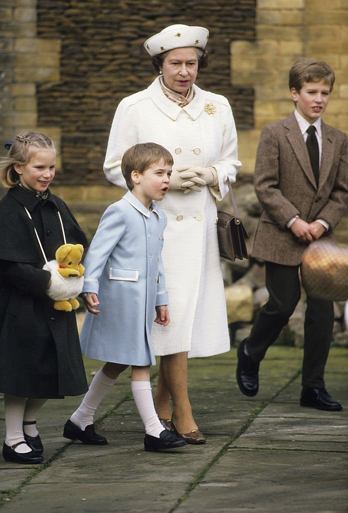Queen Elizabeth II and some of her grandchildren. I Image: Getty Images.