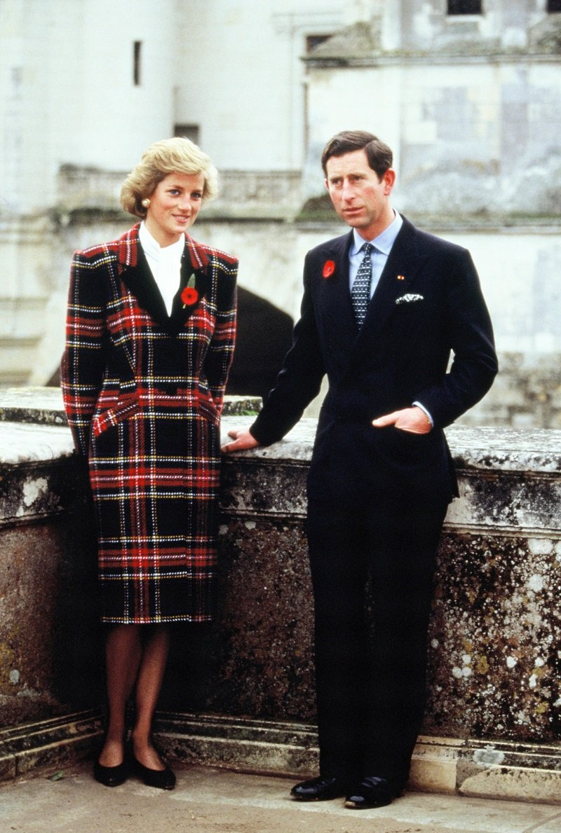 Charles and Diana, Prince and Princess of Wales on November 9, 1988 in Chambord, France | Photo: Getty Images