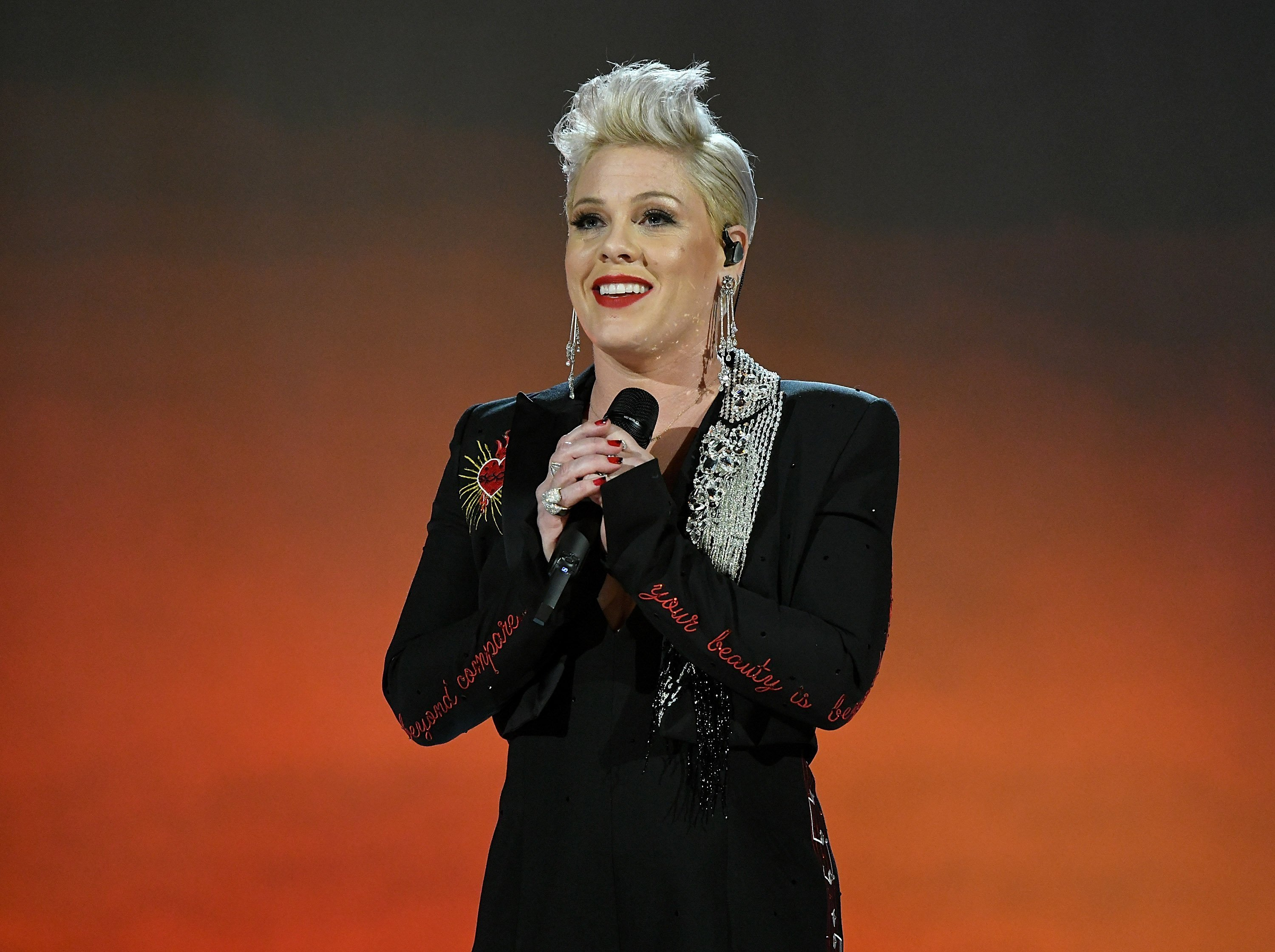 Pink performs onstage at MusiCares Person of the Year honoring Dolly Parton at Los Angeles Convention Center on February 8, 2019, in Los Angeles, California. | Source: Getty Images.