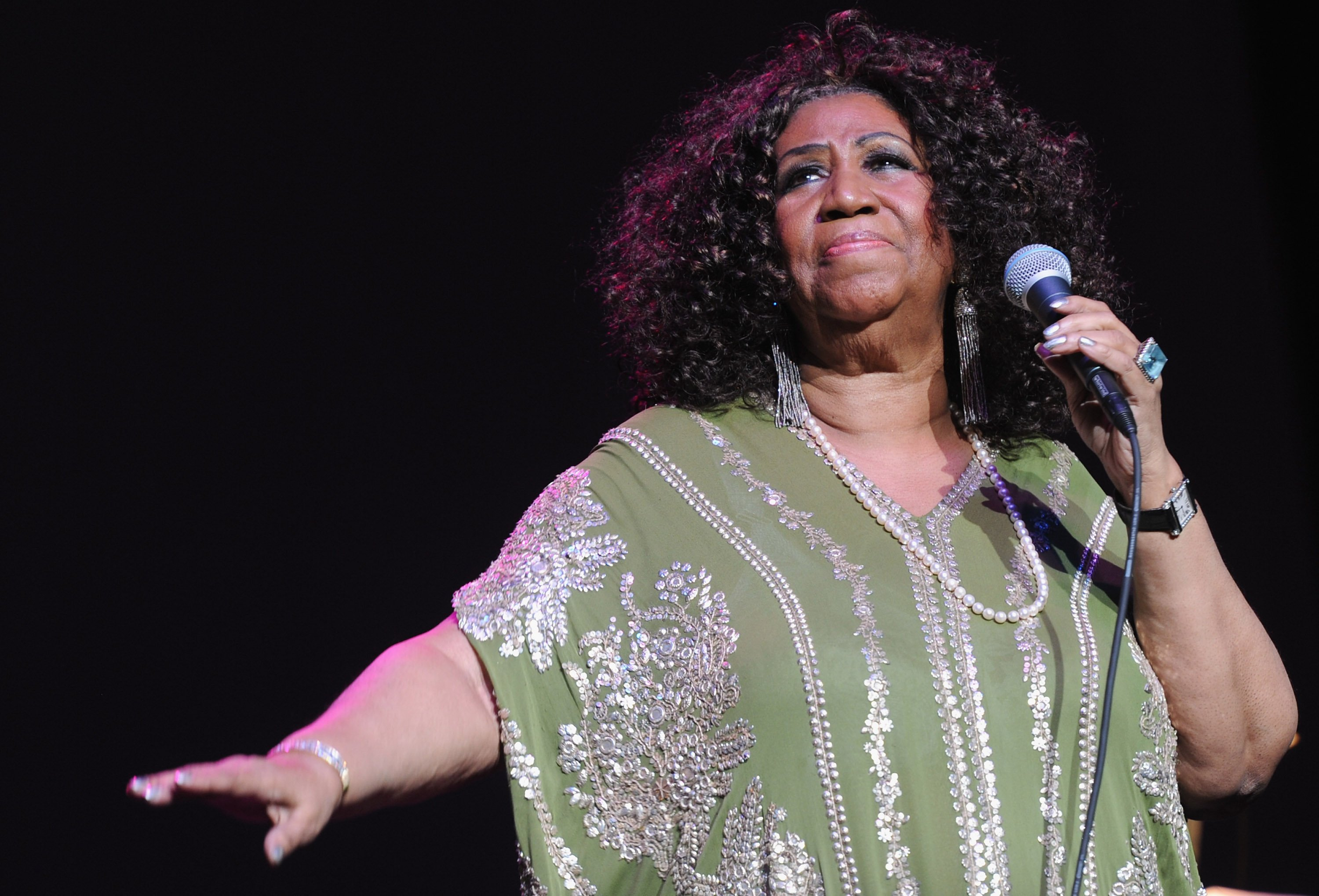 Aretha Franklin performing at the Fox Theatre in Atlanta, Georgia on March 5, 2012. | Source: Getty Images