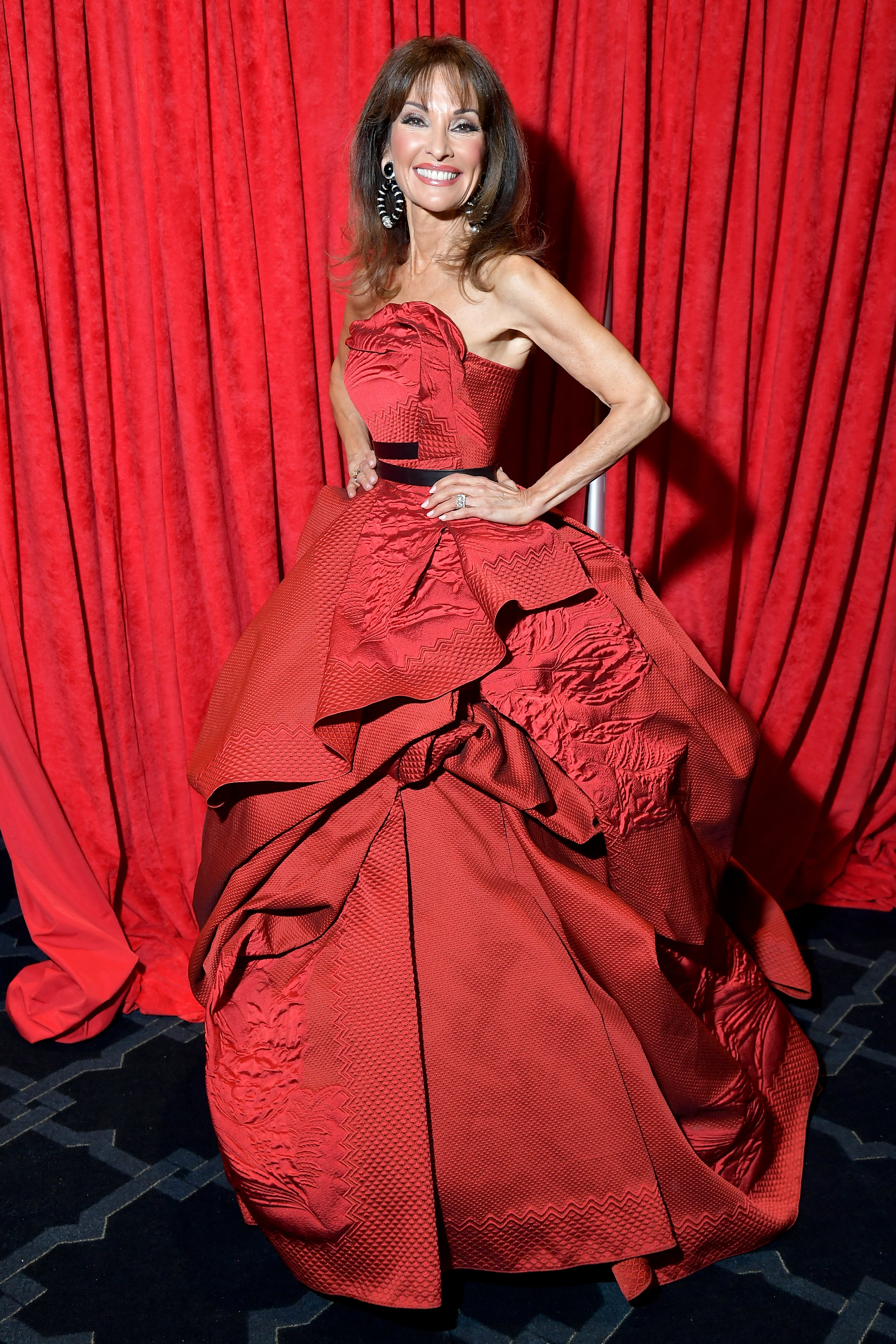 Susan Lucci posing backstage at the American Heart's Association Go Red for Women, on February 7, 2019 | Source: Getty Images