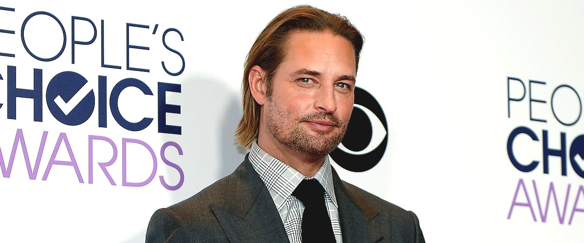 Josh Holloway poses for photos in the press room during the People's Choice Awards 2016 at Microsoft Theater on January 6, 2016 | Photo: Getty Images