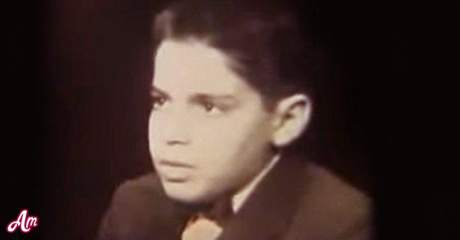 Leonard Ross during an interview with Mike Wallace in December 1957 | Photo: YouTube/David Pádua
