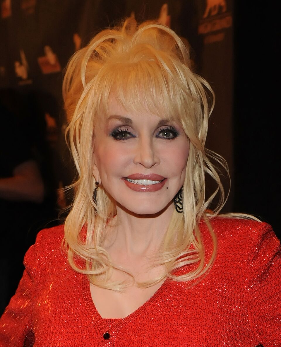 Dolly Parton attends the Kenny Rogers: The First 50 Years award show at the MGM Grand. | Source: Getty Images