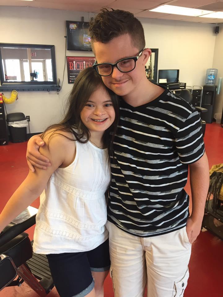 Picture of Cowen and Garcia in embrace   Source: facebook/wanda3cruz